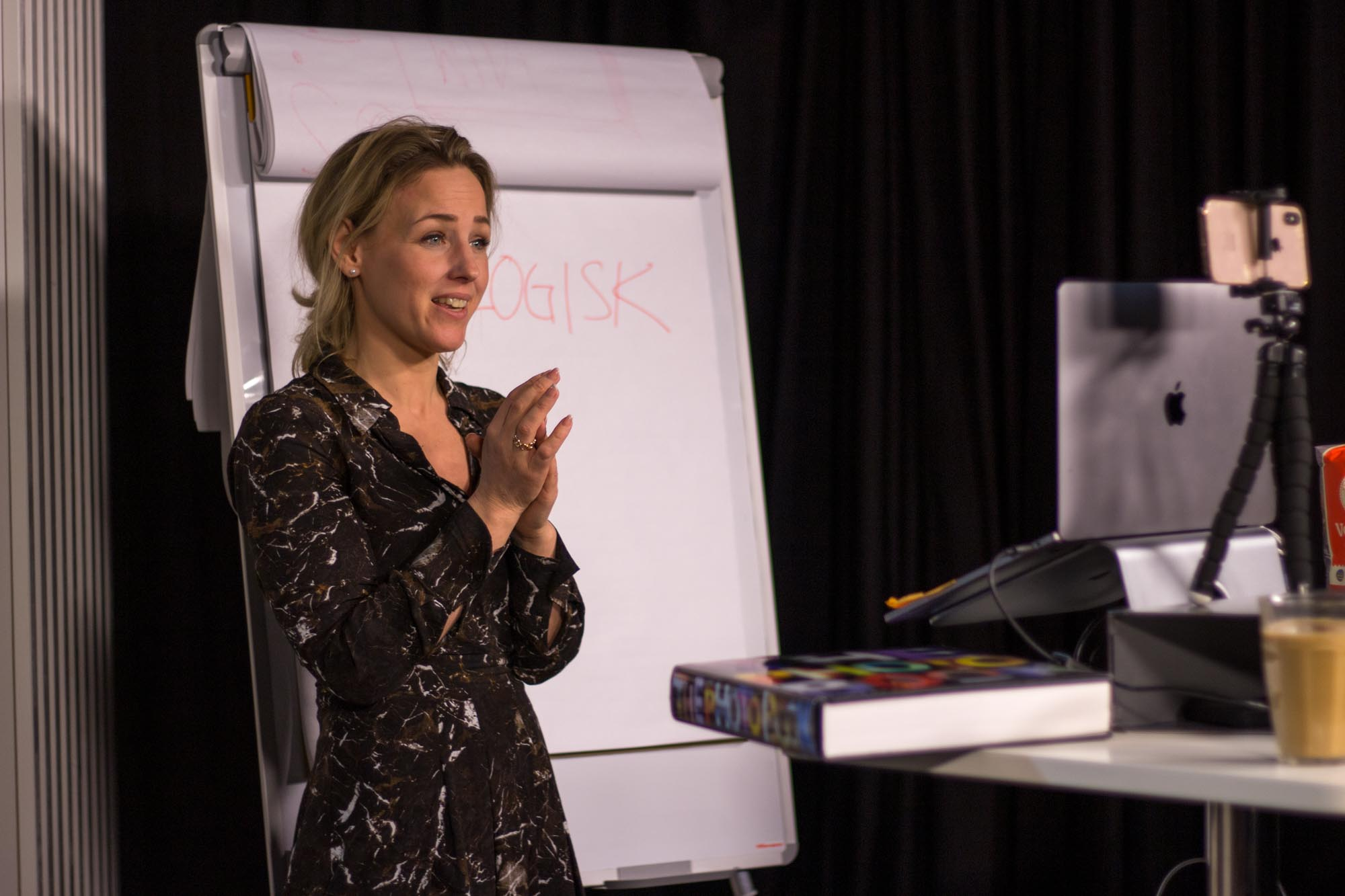 Camilla Grönbladh föreläser